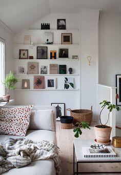 home decor apartment Living Room Inspiration, Interior Inspiration, Deco Studio, Deco Design, Scandinavian Home, New Room, Home Decor Styles, Apartment Living, Home Interior Design