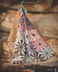 Adding Layers - Color, Design & Imagination: 15 Original Quilt Projects from Kathy Doughty of Material Obsession: Kathy Doughty: 04999911628...