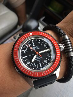 Vostok amphibia 670 case with orange bezel
