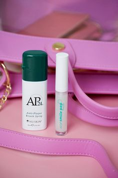 These are a MUST in any bag! Don't leave home without them. #NuSkin Beauty Tips For Face, Beauty Box, My Beauty, Beauty Nails, Beauty Secrets, Beauty Skin, Health And Beauty, Nu Skin, Beauty Hacks Video