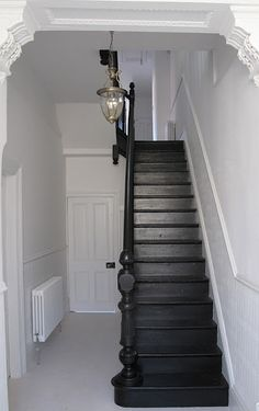 Explore The Best 24 Painted Stairs Ideas for Your New Home : 27 Painted Staircase Ideas Which Make Your Stairs Look New Tags: painted staircase, painted plywood stairs, painted stairs black, painted stairs ideas pictures Black Painted Stairs, Painted Floors, Black Staircase, Staircase Ideas, Black Hallway, Black Stair Railing, White Stairs, Staircase Remodel, Hallway Ideas