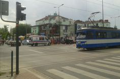 Karambol na Ruczaju. Sprawca nie ma pojęcia, co się stało [ZDJĘCIA] - Zdjęcie 9400 - LoveKraków.pl Street View, Heart Rate