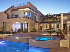 Imposing Contemporary Home in Las Vegas: Tenaya Residence - http://freshome.com/2012/01/20/imposing-contemporary-home-in-las-vegas-tenaya-residence/