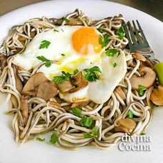 You searched for setas - Divina Cocina* No Dairy Recipes, Egg Recipes, Real Food Recipes, Cooking Recipes, Yummy Food, Healthy Recipes, Healthy Foods, Guisado, Food Challenge