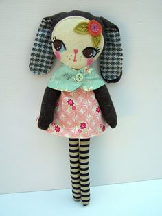 Nooshka brilliant!! - Love this little rag doll...looks like something Laura may love too! <3