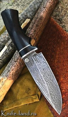 When an Emergency Strikes Disaster Survival Gear Saves Lives – Bulletproof Survival Cool Knives, Knives And Tools, Knives And Swords, Forging Knives, Tactical Knives, Knife Shapes, United Cutlery, Throwing Knives, Survival Weapons