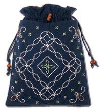 Original Aika Sashiko bag pattern and design by Miho Takeuchi. Drawstring Bag.