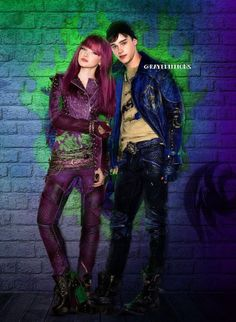 Ben and Mal in Descendants 2 Le couple parfait Perfect 👌 Descendants Mal And Ben, Descendants Wicked World, Descendants Characters, Disney Channel Descendants, Descendants Cast, Descendants Costumes, Cameron Boyce, Disney Channel Movies, Disney Movies