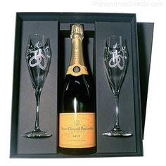 Veuve Clicquot – Coffret Noces D'Or V. Clicquot: Dans un magnifique coffret carton luxe noir : Une bouteille de Champagne Veuve Clicquot…