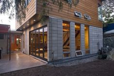 Genius Use Of Hardie Plank System For A Modern Facade