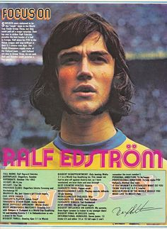 Focus On PSV Eindhoven & Sweden striker Ralf Edstrom with Shoot! magazine in 1974.