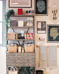 Our hardy, handsome woven basket brings beauty and warmth to any space. Generously sized for storing everything from laundry and linens to magazines, toys and kindling. Handmade in the USA from Appalachian White Ash that is harvested in Maine, Vermont and New Hampshire. Held together with solid brass nails and finished with sturdy leather handles. Variation in color is natural and to be expected. A Schoolhouse Electric Exclusive. A Schoolhouse Electric exclusive, this heavy-gauge steel towel…