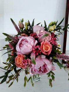 Weddingbouquet - Weddings - Peonies