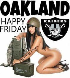 Oakland Raiders Football, Dallas Cowboys, Oakland Raiders Wallpapers, Raiders Tattoos, Raiders Girl, Raider Nation, Muscle Men, American Football, Anime Manga