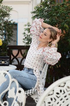 Statement Sleeves - LES FACTORY FEMMES