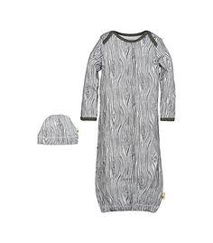 Woodgrain Organic Cotton Gown & Cap Set: Color - Charcoal