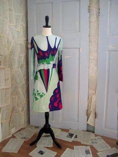 Vintage Dress Hanae Mori Mod by SassySisterVintage Vintage Dresses 1960s, Vintage Outfits, Vintage Fashion, Vintage Clothing, Japanese Fashion Designers, Fringe Dress, Mod Dress, Dress Cuts, Fashion Photo