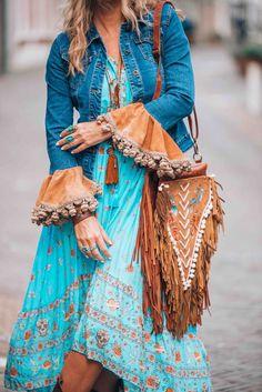 Boho chic look boho boho dress, boho fashion und boho outfits. Hippie Style, Look Hippie Chic, Mode Hippie, Look Boho, Gypsy Style, Bohemian Style, Bohemian Fashion, Ibiza Style, Bohemian Clothing
