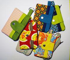 Stoffresteabbau: Noodlehead Zippy Wallet mit Tutorial - just sewn. Clutch Tutorial, Purse Patterns, Crochet Patterns, Sewing Patterns, Kids Purse, Diy Wallet, Fabric Purses, Sewing Projects For Kids, Patchwork Bags