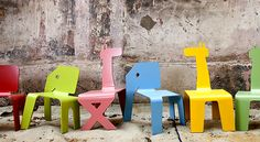 fun animal chairs for kids. Zelig is a wonderful collection of children's chairs by Israeli designer Elad Ozeri Kids Furniture, Furniture Design, Milan Furniture, School Furniture, Design Blog, Kid Spaces, Vintage Modern, Diy For Kids, Decoration