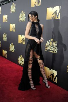 It Takes a Village...to Lace Up Kendall Jenner's Boots for the MTV Movie Awards