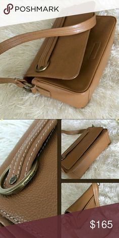 """Cole Haan Purse Small Leather shoulder purse with magnetic closure. 10,5""""/6,5""""/3"""" size. In very good condition and super chic! Cole Haan Bags Shoulder Bags"""