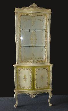 Vintage French Provincial ROCOCO Ornate Corner DISPLAY CASE Cabinet Louis XVI #FrenchProvincialRococoLouisXVI #Unknown