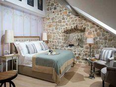 Dormitorio con cabezal tapizado, estilo rústico con aires románticos. Live In Style, Bed, Furniture, Home Decor, Rustic Style, Houses, Yurts, Interiors, Home