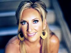 Exclusive Q and A: Lee Ann Womack Readies Her Next Album Best Country Music, Country Music Awards, Country Singers, Lee Ann Womack, Easy Listening, Love Songs Lyrics, Stand Up Comedy, Album, Live Music
