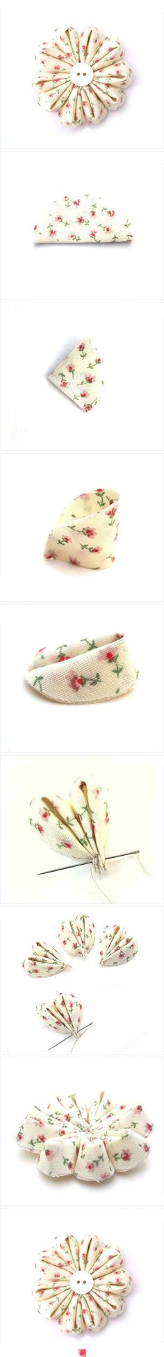go go blog post HERE:  http://littlelivingstone.blogspot.com/2012/01/how-to-make-fabric-gerbera-daisy-flower.html