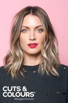 Middel lang haar met een mooi subtiel licht en natuurlijk kleuraccent...