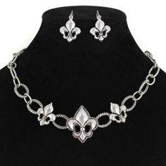 Fleur de Lis Necklace Set
