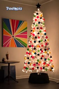 A Christmas tree that endures the test of time. With its pure white needles, decorate the All Snowed in White tree with your favorite ornaments 🔴🔵🟠🟡 to create the perfect centerpiece for your Holiday home. ❄🎄 📸: Our customer Kelly from Nashville . . . #Treetopia #AllSnowedInWhiiteTree #WhiteTrees #ArtificialChristmasTrees #ChristmasTrees #UniqueChristmasTrees #ChristmasDecoratingIdeas #ChristmasIdeas #Christmas