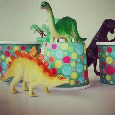 Festa dinossauro. Mini copos Jomucci