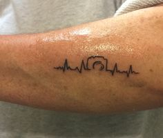 tattoos heartbroken & tattoos heart + tattoos heartbeat + tattoos heart anatomical + tattoos heart small + tattoos heartbroken + tattoos heartbeat pulse + tattoos heart old school Mini Tattoos, Body Art Tattoos, New Tattoos, Small Tattoos, Sleeve Tattoos, Temporary Tattoos, White Tattoos, Heart Tattoos, Ankle Tattoos