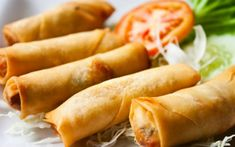 Welcome to my air fryer leftover turkey spring rolls recipe. If you love the crispy taste and delicious flavour of spring rolls but want a homemade version that… Brunch Recipes, Wine Recipes, Indian Food Recipes, Breakfast Recipes, Cooking Recipes, Top Recipes, Sukiyaki, Vegetable Spring Rolls, Stuffed Mushrooms