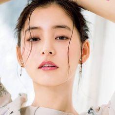 画像に含まれている可能性があるもの:1人、クローズアップ Japanese Beauty, Asian Beauty, Beauty Shoot, Hair Beauty, Fair Face, Prity Girl, Asian Model Girl, Portraits, Japan Girl