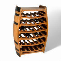 Fabricado a partir de una barrica de roble, este botellero cuenta además con la tapa de una barrica en su parte superior, que le brinda la posibilidad de servir como superficie de exposición o como una práctica mesa.