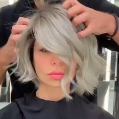 Great No Cost Balayage hair blonde videos Tips Summer's as you go along! Hair Cutting Techniques, Hair Color Techniques, Pixie Grow Out, Hair Transformation, Pastel Hair, Balayage Hair, Haircolor, Short Hair Cuts, Short White Hair