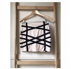 Size 8: Black and Cream skirt  $20AU