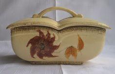 lavaguys-ceramic: Dosen aus Elsterwerda Dose Form 799-4 Hierbei handelt es sich vermutlich um einen Entwurf von Siegfried Möller (Form) und Ursula Fesca (Dekor)