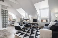 Serenity ja elegantsi tunne, nagu kodus In ühevärvilised pööningukorter - Edit Your Home