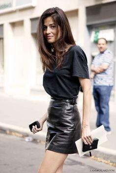 Leather mini skirt + white clutch