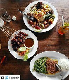Unbeatable Indonesian food   :I1Ibunny  #food #bali #holiday #travelling #traveling #wanderlust #globetrotter #travel #travelblogger #flatlays #flatlay #flatlayoftheday #lunch #yummy #acolorstory #foodlover #tumblr #foodforfoodie #style #foodie #foodblogger #madeswarung #samsunglife #like4like #likeforlike #l4l #thebalibible #tagforlikes #followforfollow