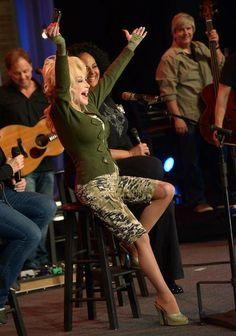 """Dolly Parton """"Blue Smoke"""" @ QVC"""