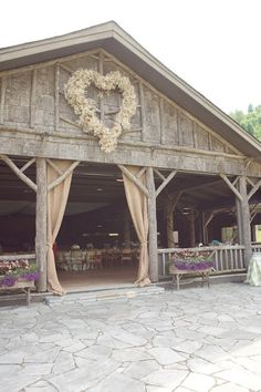 Rustic barn wedding venue with burlap, chic pink and pale green - Bridal Musings Wedding Blog   Photo credit: Live View Studios