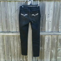 Mudd Jeggings Like new!❤Deep Charcoal Grey in color, almost blackNo rips stains or tears Smoke free homeSize 5 Juniors!!! Mudd Jeans Skinny