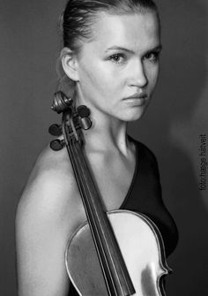 Mari Silje Samuelsen - an incredible musician. love her interpretation of Vivaldi's Four Seasons. haven't heard it? go look it up.