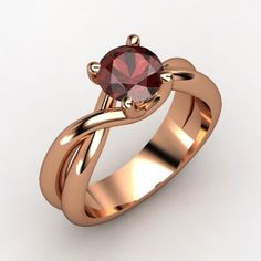 The Entwined Ring garnet rosegold ring