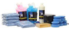 CLEANPRODUCTS Fahrzeug-Pflege + Versiegelung- SET  Spezielles 21-teiliges Fahrzeugpflege-SET für die Außenpflege und Lack-Versiegelung. 2,5 Liter Fahrzeugpflegemittel mit sanftem Kalkentferner – für die schnelle Außen-Wäsche ohne Wasser. 2,5 kg Kunststoff- / Reifen-Pflege - sehr beständige Spezial-Lotion, die Kunststoffe, Gummi-Dichtungen und Reifen reinigt, pflegt und schützt. 1 Liter Langzeit-Lackversiegelung CP 600 für Autolack, Autofolie, Gelcoat und GFK. Pflegehilfen und Zubehör: ...